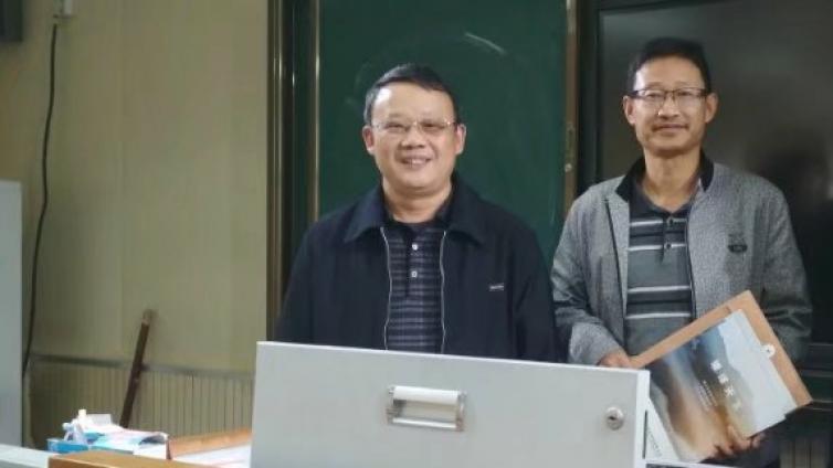 沾化一中:沧海师泽助力学校信息化建设直播课堂